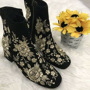 Johnny Was Bootie Retro Metallic Boots Black Gold